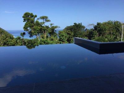 Guadeloupe Deshaies, villa 8 personnes, piscine a debordement