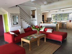 Guadeloupe Deshaies salon grande villa terrasse vue mer
