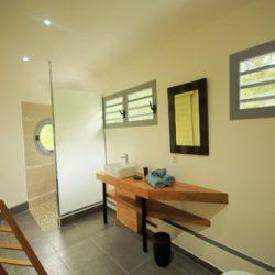 Guadeloupe Deshaies villa gajah Madah pour 8 personnes.
